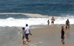 Espuma Praias RJ Banhistas 0293