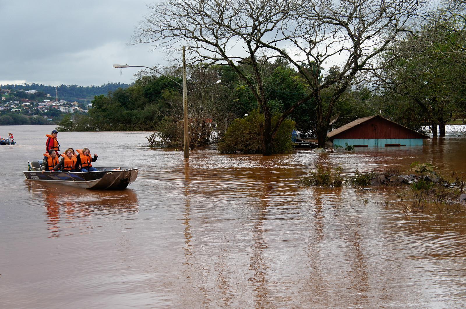 Governo libera R$ 22,5 milhões para reparar danos causados por ... - Rádios EBC