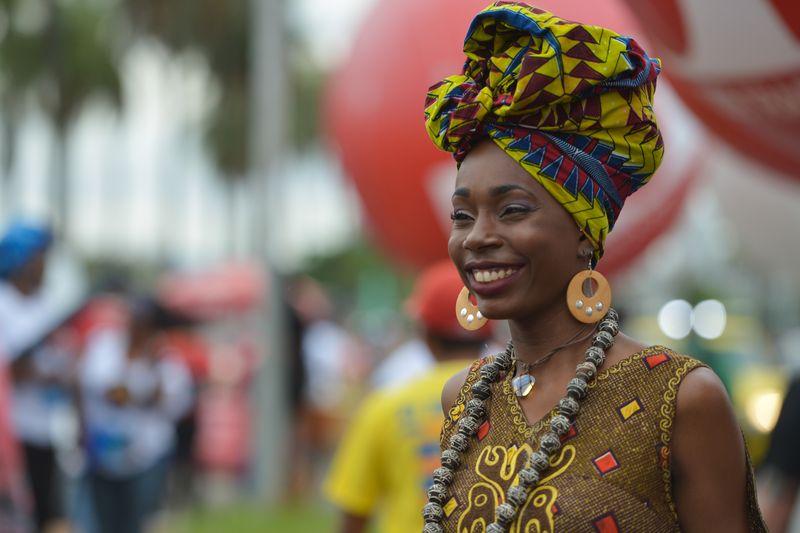 EBC | Cerca de 4 mil mulheres negras marcham contra o racismo