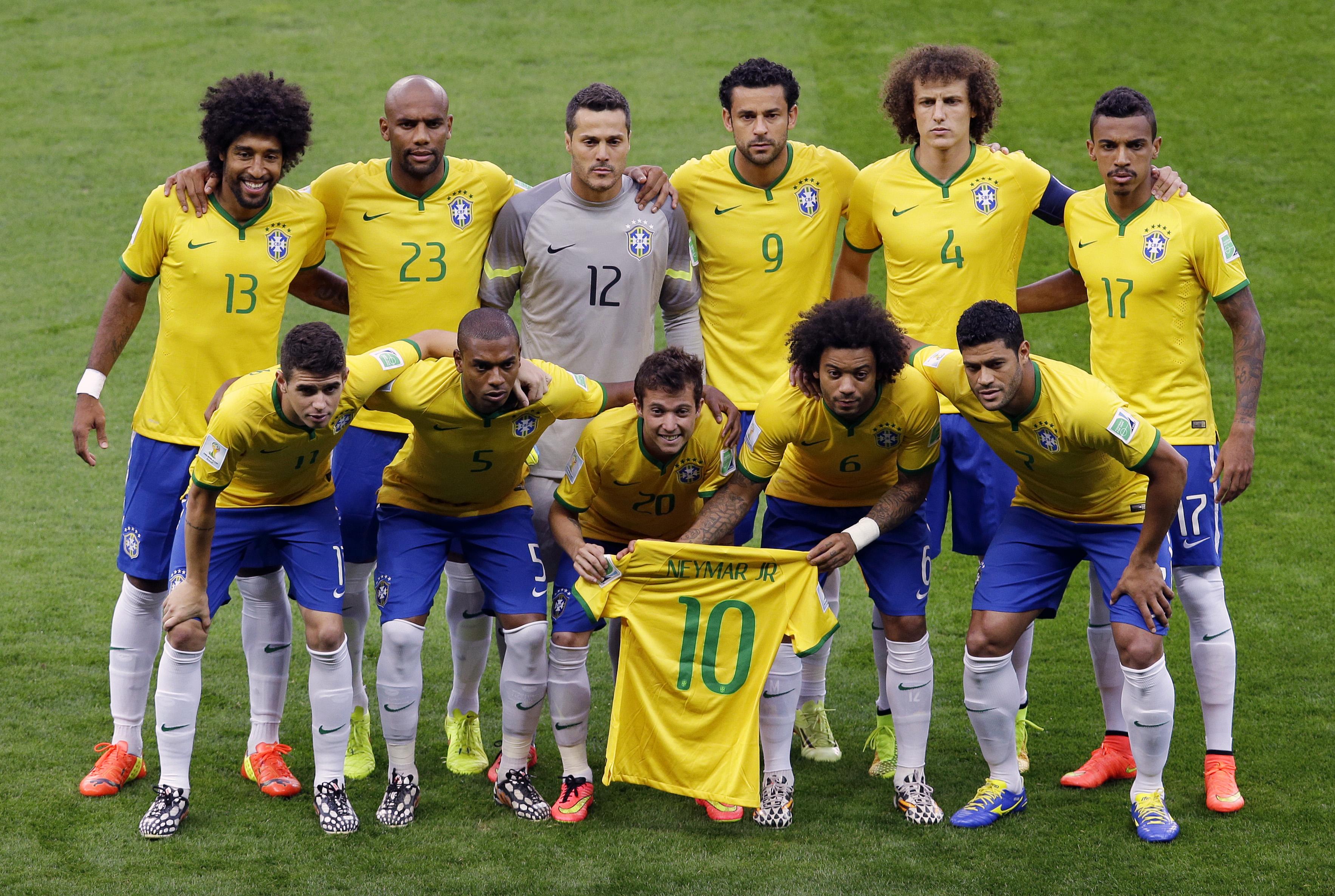 EBC | Seleção faz homenagem a Neymar ao entrar em campo ...