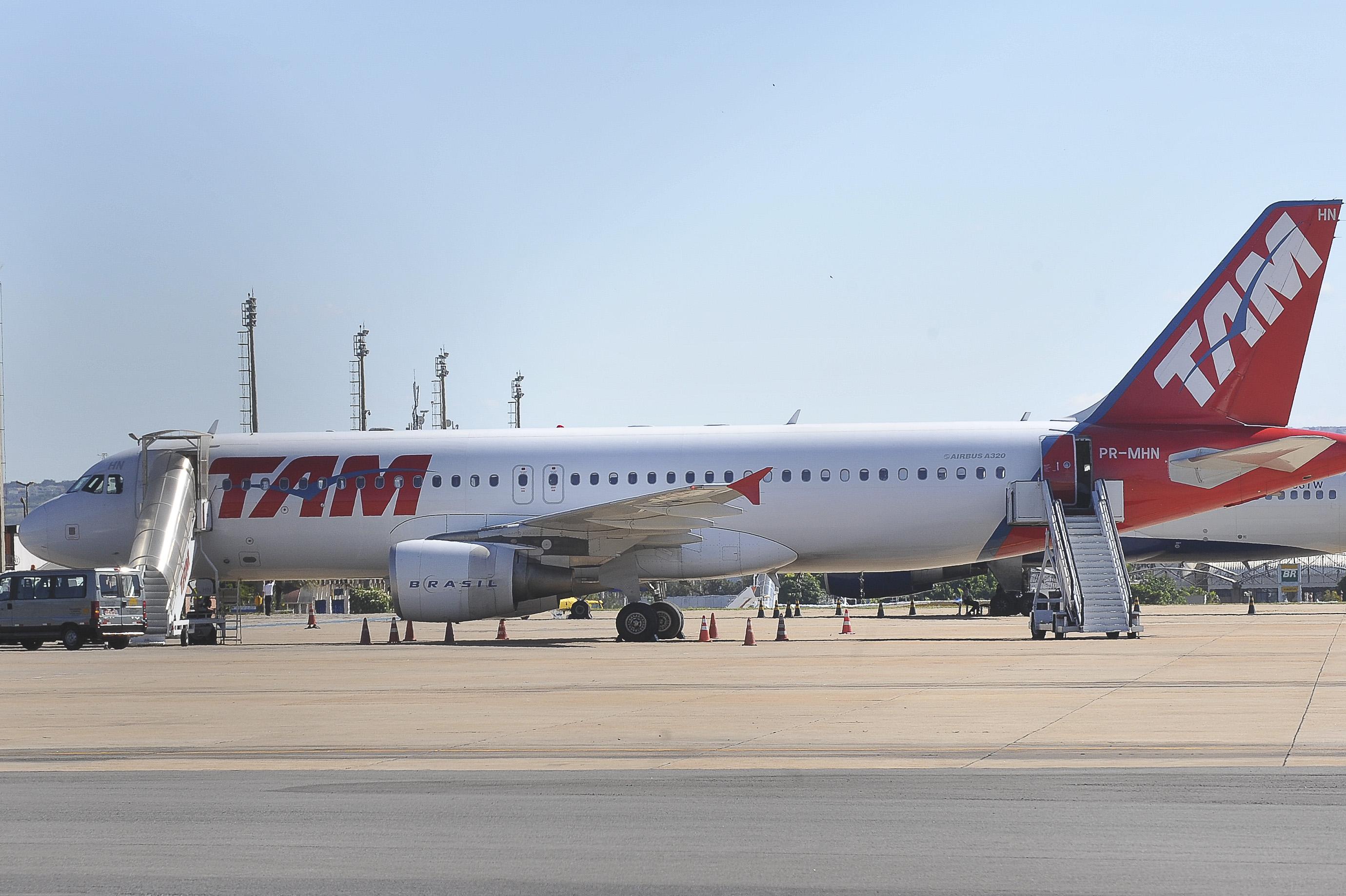 EBC Justiça Federal absolve réus por acidente com avião da TAM em  #3F668C 2760x1837 Banheiro De Avião Internacional