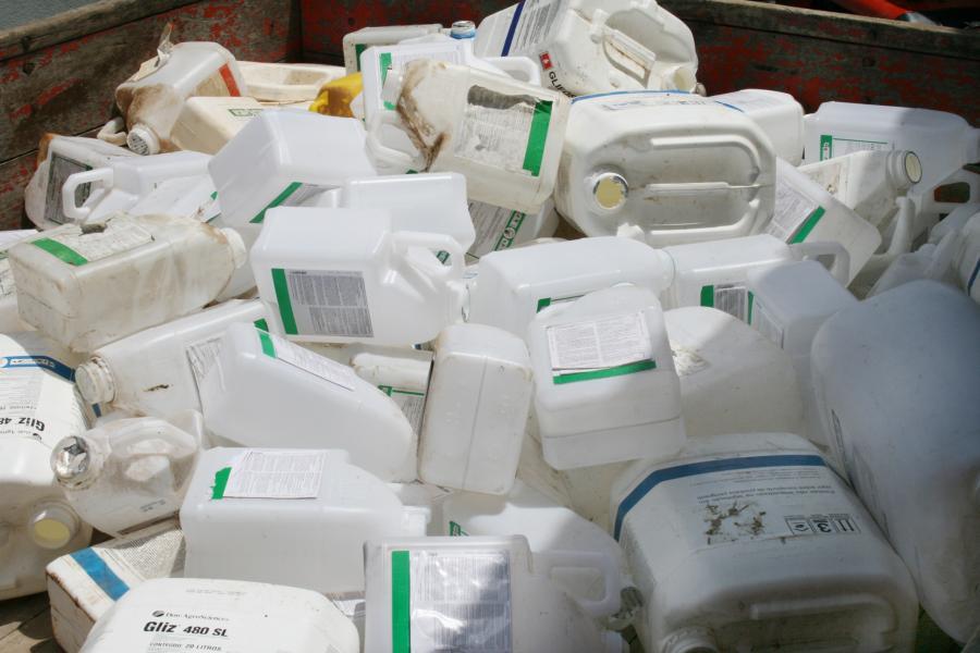 Embalagens vazias de agrotóxicos