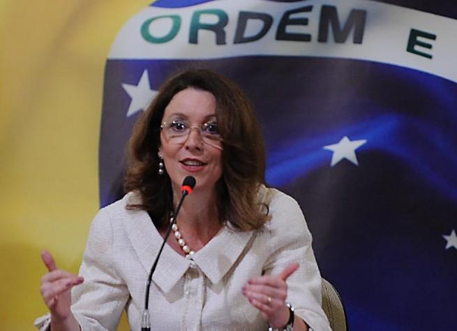 A nova ministra da Comunicação Social da Presidência da República, Helena Chagas, durante cerimônia de transmissão de cargo