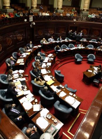 Senado uruguaio discute lei que descriminaliza o aborto