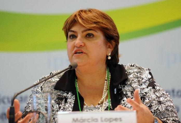 A ministra do Desenvolvimento Social e Combate à Fome, Márcia Lopes participa da abertura do seminário Indicadores e Monitorame