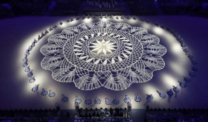 Reuters/Homenagem às rendeiras no encerramento da Rio 2016/FABRIZIO BENSCH