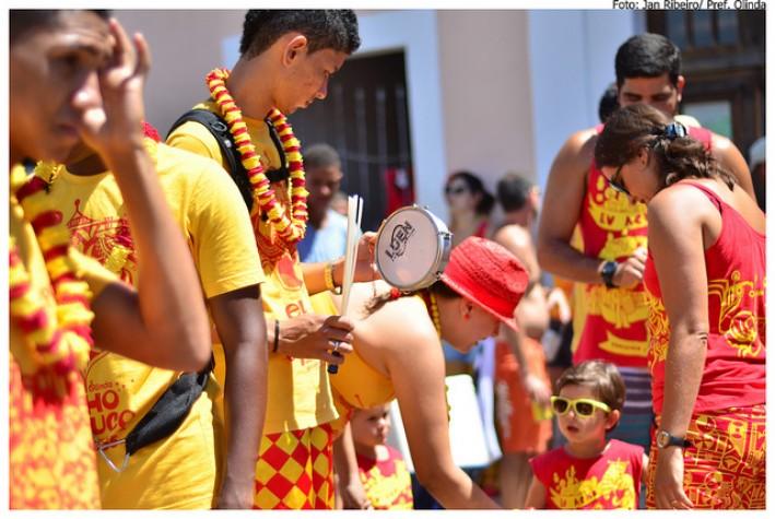 Bloco Eu Acho é Pouco é tradição no carnaval de Olinda