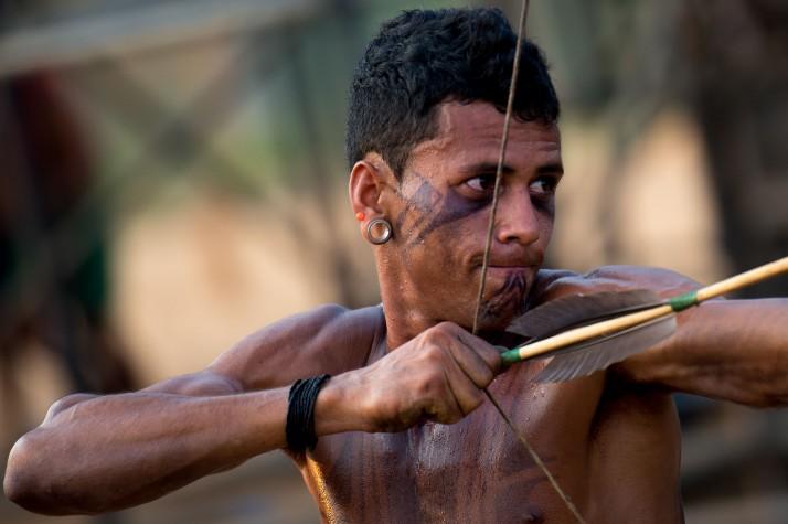 Índios Pataxó fazem treinamento antes do início dos Jogos Mundiais dos Povos Indígenas