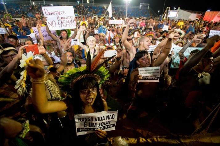 Protesto contra a PEC 215 nos Jogos dos Povos Indígenas
