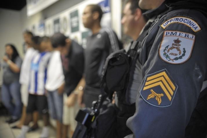 Polícia do Rio faz operação para prender suspeitos de tráfico na Rocinha
