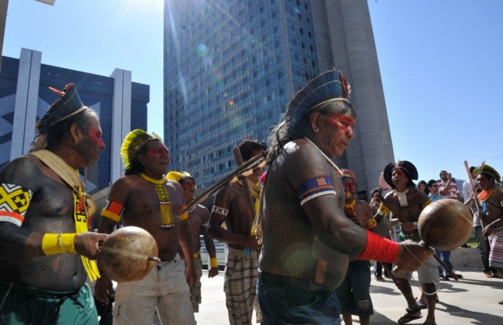 Indígenas participam de inauguração do novo prédio da Funai