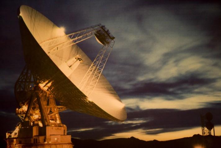Antena de satélite