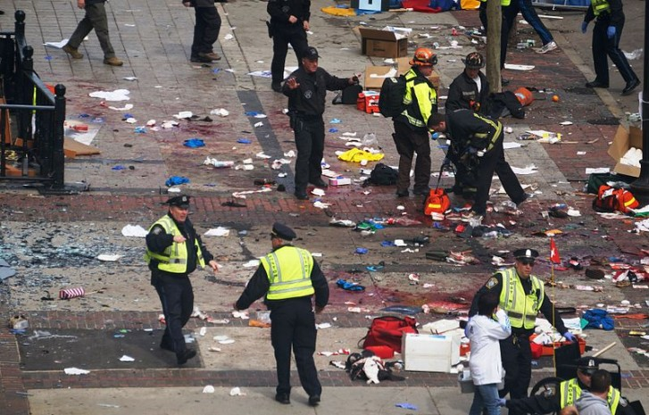 Explosões deixaram 3 mortos e mais de 170 pessoas feridas em Boston
