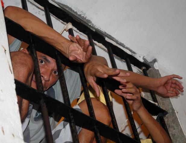 Superlotação no sistema carcerário
