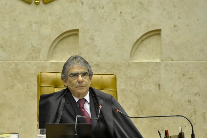 Presidente do Supremo Tribunal Federal em plenário, durante o julgamento do Mensalão