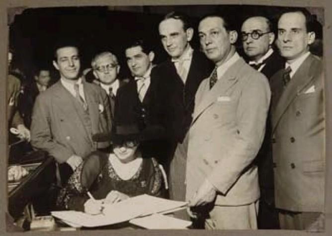 Carlota Pereira de Queirós, primeira deputada federal eleita no Brasil