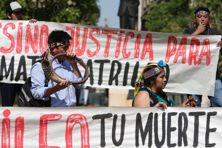 Protesto lembra cinco anos de indígena morto no Chile