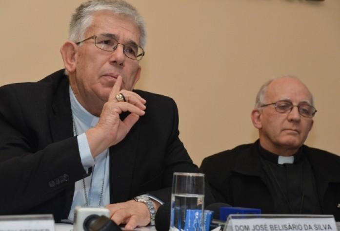 Reduzir a maioridade penal é maquiar o problema da violência, diz CNBB