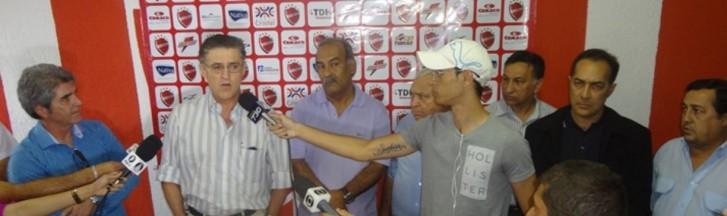 Paulino Vilela e Joás Abrantes, direção do Vila Nova