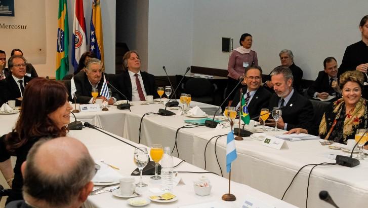 Reunião de Cúpula dos Estados Parte e Estados Associados do Mercosul - 03 Presidenta Dilma Rousseff participa de café da manhã de trabalho dos Presidentes dos Estados Parte do Mercosul. (Montevidéu - Uruguai