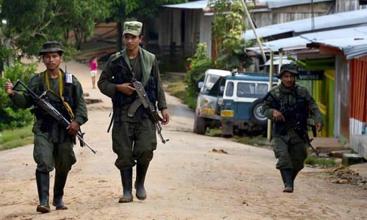 Membros das Farc viajam à Noruega para acordo de paz com o governo colombiano