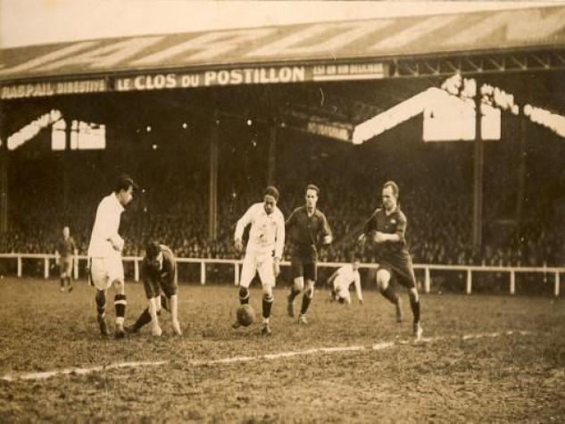 """Arthur Friedenreich, primeiro """"craque"""" do futebol brasileiro, em 1925"""