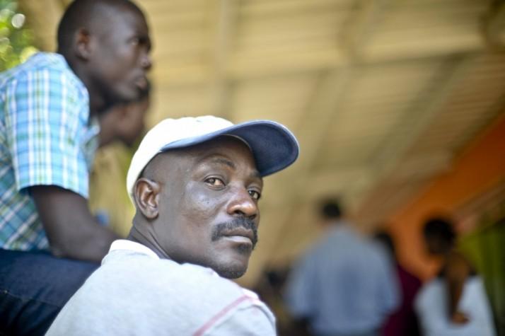 Haitianos reivindicam visto humanitário em Brasileira (AC)