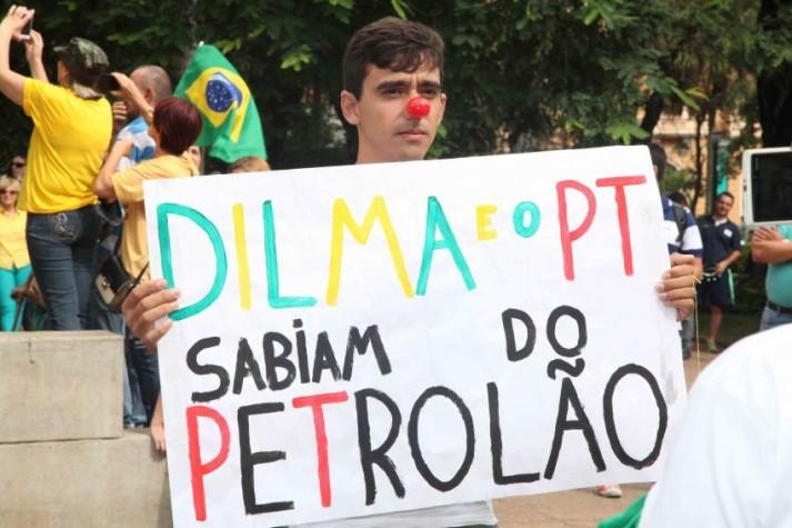 Manifestação nas ruas de Belo Horizonte
