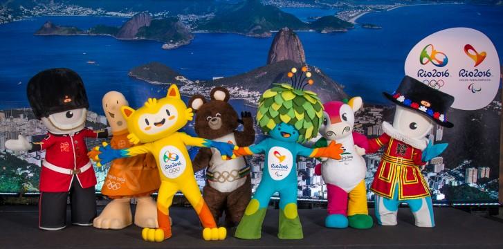 Mascote Olímpico e Paralímpico - com amigos