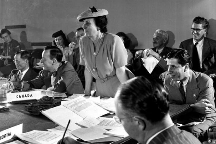 Bertha Lutz, representando o Brasil na assinatura da Carta da ONU em 1945.