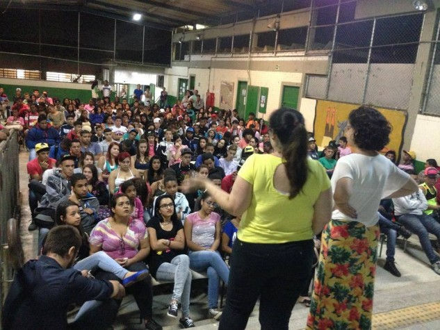 Palestra sobre feminismo do projeto Quero na Escola