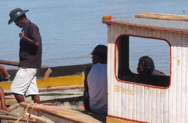 Pescadores pedem mais assistência para o setor na Região dos Lagos