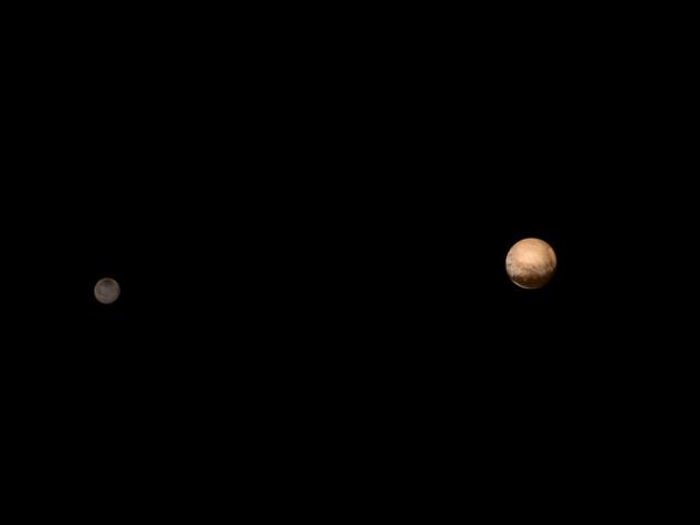 Sonda New Horizon capta imagens de Plutão e de sua lua Charon