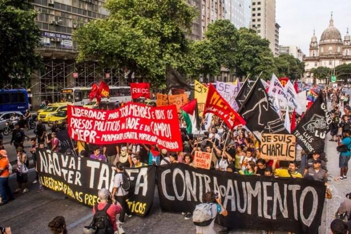 Protesto contra aumento de tarifa de ônibus no Rio de Janeiro