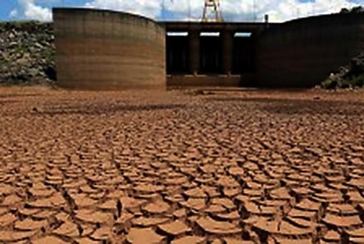 Sistema Cantareira pode secar em quatro meses