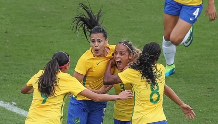 Futebol Feminino estreia