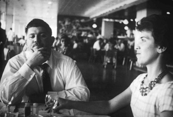 Rubens Paiva e a esposa, Eunice, na cidade de Brasília em 1960