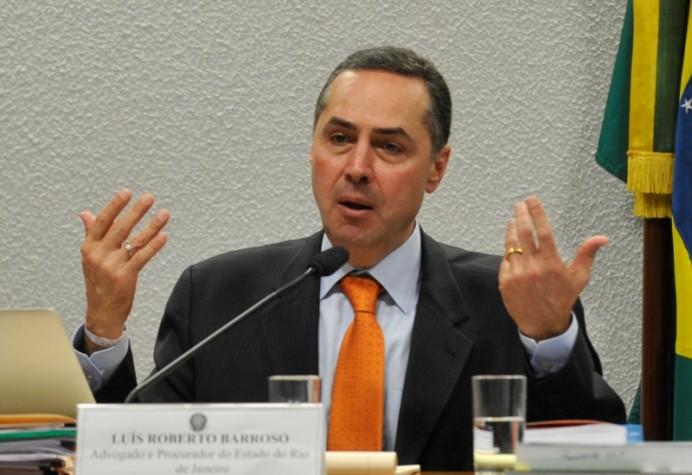 Adgovado Luís Roberto Barroso é sabatinado no Senado