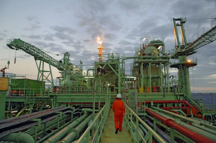 Plataforma de petróleo - trabalho insalubre
