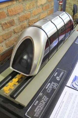 Projeto do trem de levitação